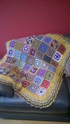 Couverture, création personnelle au crochet