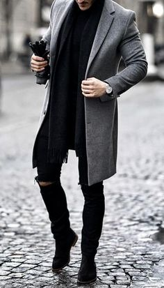 Black Overcoat, Mens Overcoat, Suit Fashion, Mens Fashion, Classy Fall Outfits, Mens Style Guide, Style Men, Men With Street Style, Bespoke Tailoring