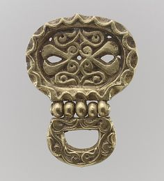 Gold Belt Mount w/ Loop (cast): 8th century Avar