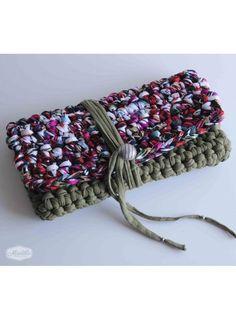 "Handmade handbags made with tshirt yarn / trapillo / zpagetti ""Emma"" clutch https://www.etsy.com/uk/listing/210011771/emma-clutch-handmade-with-eco-friendly?ref=shop_home_feat_3"