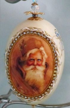 Goose egg ornament with Santa Claus print