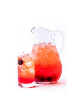 Stella Artois cider-based cocktail you'll want to drink all summer Cider Cocktails, Summer Cocktails, Blackberry Wine, Stella Artois, Non Alcoholic, Clean Eating Snacks, Liquor, Tableware, Bar Ideas