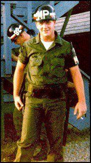 Virtual Vietnam Veterans Wall of Faces Vietnam History, Vietnam War Photos, Vietnam Vets, Navy Military, Military Police, American Veterans, American Soldiers, My War, Vietnam Veterans Memorial