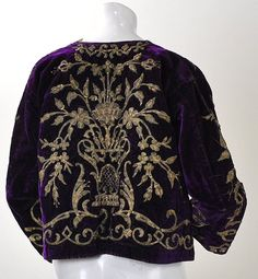 TURKISH VELVET COAT with GOLD EMBROIDERY - Buscar con Google