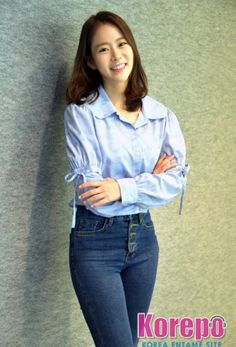 Han Seung Yeon, Korean Beauty, Shit Happens, Tops, Women, Artists, Twitter, Fashion, Moda