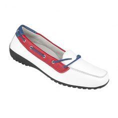 Traumhaft schöner Mokassin, passend für die Frühlingszeit. Der bequeme #Damenschuh von Natural Feet aus hochwertig verarbeitetem Hirschleder garantiert hohen Tragekomfort. Mehr Infos findest du unter tessamino.de! Bestellen, tragen und die neuen Schuhe lieben! #tessamino