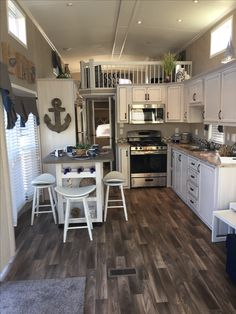 115 fabulous tiny house design ideas you never seen before 109 Small Tiny House, Tiny House Cabin, Tiny House Living, Tiny House Plans, Tiny House Design, House Floor Plans, Small Living, Home And Living, Tiny House Movement
