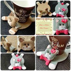 Suporte de xícara gatinhos, produzido à mão, em feltro e tecido. Contato: Rita (51) 98939-6174