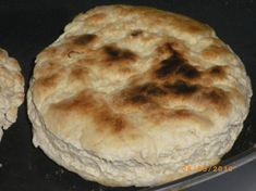 Cree Bannock Bread A real taste of the Canadian North. Take this recipe, and the ingredients, with you the next time you go camping!A real taste of the Canadian North. Take this recipe, and the ingredients, with you the next time you go camping! Bannock Bread, Bannock Recipe, Canadian Dishes, Canadian Food, Canadian Recipes, Native Canadian, Bread Recipes, Cooking Recipes, Atkins Recipes