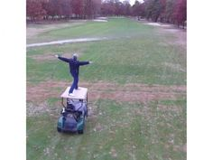 Watch: Dude crushes amazing golf shot from the top of a moving cart - http://healthbeautytrainer.com/health/watch-dude-crushes-amazing-golf-shot-from-the-top-of-a-moving-cart/