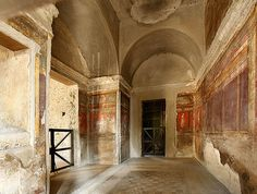 Villa of Mysteries: although covered w/metres of ash & other volcanic material, the villa sustained only minor damage in the eruption of Vesuvius in 79 AD: the majority of its walls, ceilings, & most particularly its frescoes survived largely undamaged Ancient Pompeii, Pompeii And Herculaneum, Ancient Ruins, Ancient Art, Ancient History, Roman Architecture, Ancient Architecture, Naples, Monuments