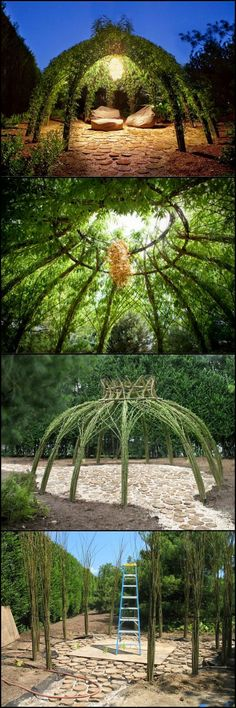 Wouldn't it be nice to have your own living willow structure in the garden? It's a great place to relax and watch nature going about her business. We have more inspiring ideas for your garden on our Garden Stakes, Garden Art, Garden Design, Outdoor Projects, Garden Projects, Living Willow, Home And Garden Store, Green Fence, Land Art