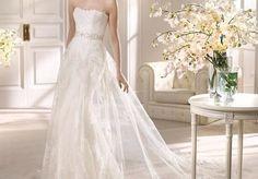 Beautiful preloved wedding dresses at www.sellmywedding.co.uk