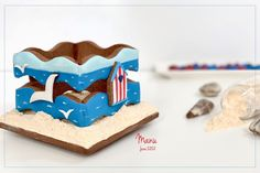 Made by Manu: 3-D Summer Cookie Box Summer Cookies, Mini Cookies, Easter Cookies, Royal Icing Transfers, Square Cookies, Blue Icing, Cookie Sticks, Gel Food Coloring, Cookie Box
