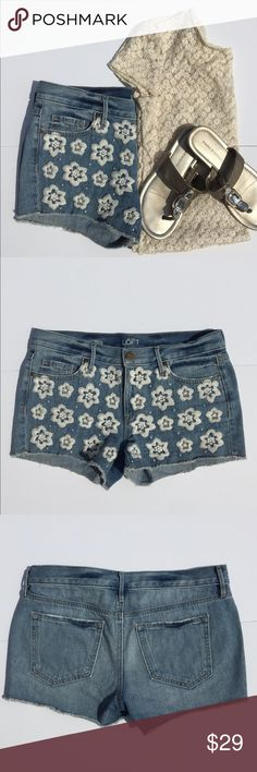 """Loft Denim FlowerEmbroidery Jean Shorts Adorable is the best way to describe these denim shorts with embroidered flowers on the front!!  5 pocket style 3"""" inseam. 28/6. LOFT Shorts Jean Shorts"""