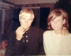Ronnie was married to Nadine Inscoe from '67 to '69. He turned 19 years old in '67.