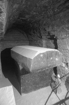 Serapeum Saqqara - giant stone boxes carved to tolerances in excess of today's highest standards created thousands of years ago