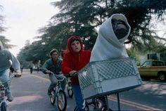 """4. """"E.T. – Der Außerirdische"""" – """"E.T. – The Extraterrestrial"""" (1982)"""