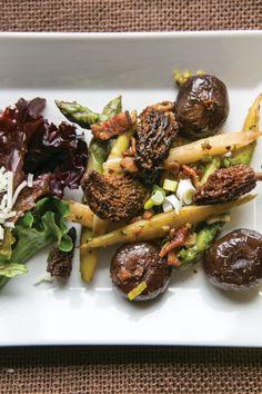 Warm #Asparagus and Morel Salad Recipe with Black Truffle Vinaigrette from Rowe Inn.  MyNorth.com