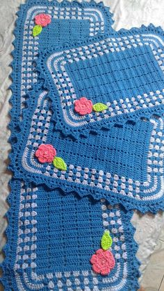 Ripple Rainforest Scarf pattern by Ellie from Hook Yarn Carabiner Crochet Home, Easy Crochet, Free Crochet, Crochet Table Mat, Magic Ring, Disney Mickey Mouse, Soft Furnishings, Single Crochet, Diy And Crafts