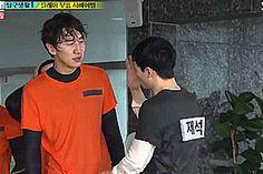 Yoo Jae Suk teasing Lee Kwang Soo. Running Man.