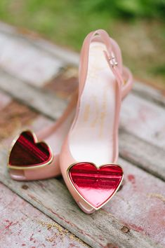I adore these for a bride.