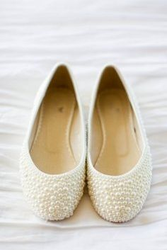 Look a these sweet little pearl flats!
