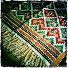 Traditional weaving from Sogn, Norway. From my private collection.    Learn more here: http://juliekrose.blogspot.com/2012/02/world-of-oleanna-norwegian-folk-art_01.html