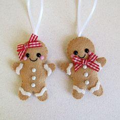 Felt Gingerbread Couple Decoration hanging decoration festive decor felt christmas tree decorations cute gingerbread man and woman ornaments