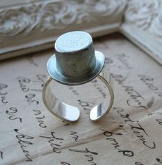 A top hat ring!