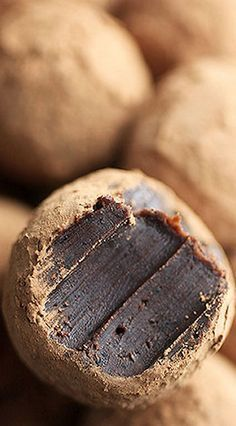 Little Bites of Heaven: Bakerella's Chocolate Coffee Truffles