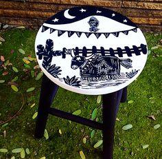 Banqueta cordel Boi Bumba ateliejuamora@gmail.com www.juamora.com #juamora #banqueta #stool #cordel #arte #brasil