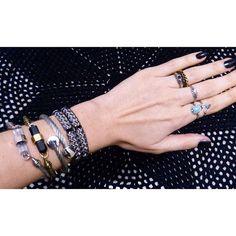 Bom dia! ☀️ que tal nossas escolhas poderosas para a semana ser animada?! www.leticialuciani.com  #LETICIALUCIANI #acessórios #bijuteria #atelier #bracelet #ring