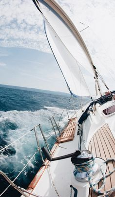 Top Luxury Blue Cruise Charters with Boat & Yacht in Italy and France on Gulet Victoria & Alissa, come live the dream & make memories in Sardinia & Corsica. Yacht Boat, Sail Away, Set Sail, Belle Photo, Sailing Ships, Ocean Sailing, Sailing Rope, Sailing Yachts, Strand