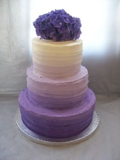 Oooh ahh- check out this purple and white OMBRE wedding cake from temptationcakes.co.nz