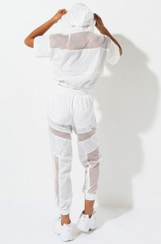 White Joggers, White Jeans, Sport Wear, Fashion Outfits, Womens Fashion, Akira, Active Wear, Look, Clothes For Women