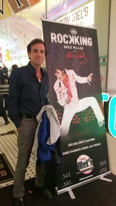 Fernando Crespo en el Musical que recuerda la vida y los éxitos de Elvis Presley. Greg Miller. Madrid (España). 21 / noviembre / 2015. Teatro Arlequín.
