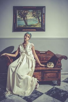 BRIDE WAITING - Model: Marta Stylist: Paola Merlino Location: Palazzo Merlino
