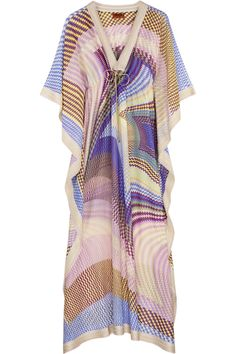 Nothing epitomizes cool and chic like Missoni their vintage pieces make me cry!