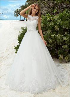 302 Best Unusual Wedding dresses images in 2019  6341b7a86ebf