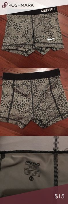 Women Nike spandex Women Nike pro spandex. Cute pattern and in good condition Nike Shorts