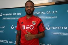 Benfica have confirmed the signing of Manchester United flop Bebe