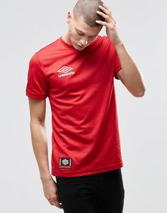 Umbro+T-Shirt+With+Small+Logo