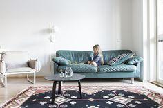 d a d a a.: Living room carpet