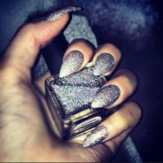 Pointy Nails with Glitter