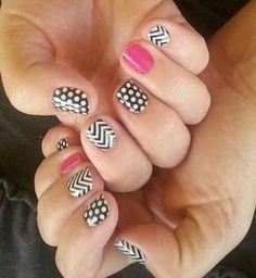 Jamberry nail art polka dot chevron black and white Jamberry Nails Tips, Jamberry Nail Wraps, Nail Tips, Nail Ideas, Jamberry Style, Mani Pedi, Manicure And Pedicure, Cute Nails, Pretty Nails