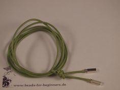 Die Basis für alle Bänder mit Beads ist ein passendes Hals- oder Armband.   Hier ein ganz spezielles Angebot:   Baumwollband gewachst (dadurch besonde