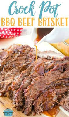 Crock Pot BBQ Beef recipe from The Country Cook - made with homemade BBQ sauce and seasoning rub No Smoker? No problem! This Crock Pot BBQ Beef Brisket will taste like it's been smoked all day long! It has an amazing flavor and a homemade sauce! Beef Brisket Slow Cooker, Beef Brisket Recipes, Bbq Beef, Barbecue, Brisket Meat, Brisket In The Oven, Crock Pot Brisket, Beef Tenderloin, Venison