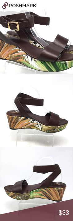 a05f29381e4f CA Signature Womens Sandals Sz Us 10B Brown Wedge