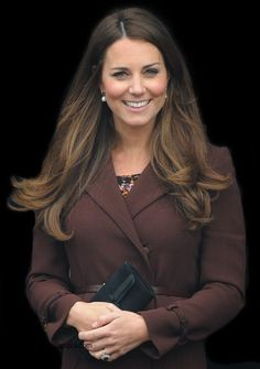 Duchess Kate: Kate's Day In Grimsby, Reveals Baby Is Kicking + More